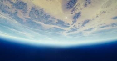 No princípio Deus criou os céus e a terra