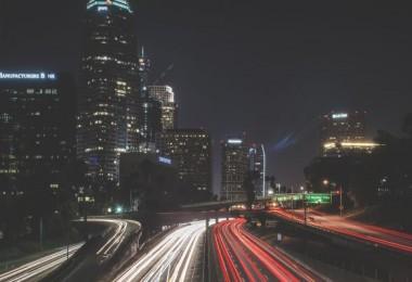 Cidade tráfego carros