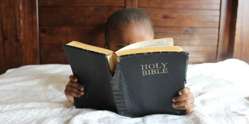 Os melhores versículos sobre caridade