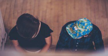 Coisas que você não deveria fazer na igreja - Ficar conversando