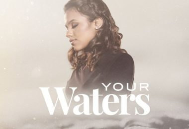 Julia Vitoria - Your Waters