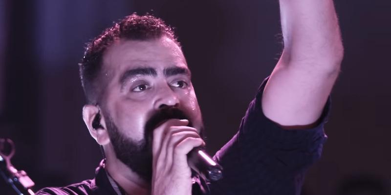 Betão Judah cantando